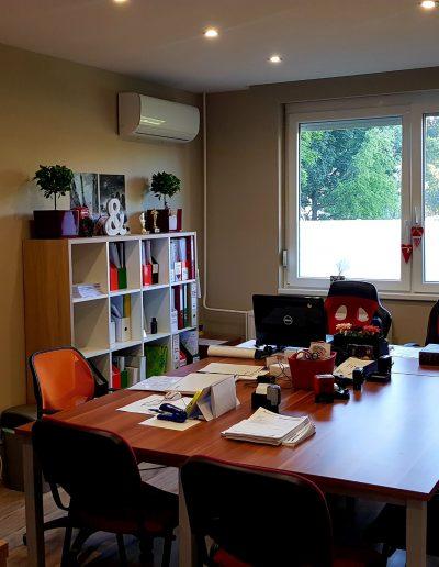 Business West Nyelviskola - Debrecen
